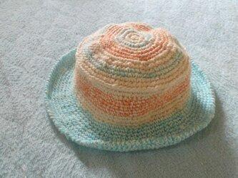 キッズ 浅め ツバ付き帽子の画像