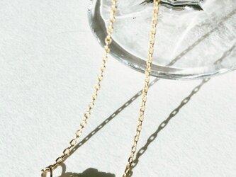 ラインストーンのロンデルのネックレスの画像