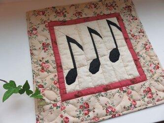 【Music Quilt】八分音符のミニタペストリーの画像