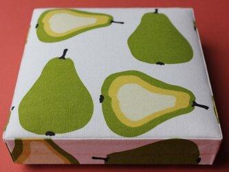 洋梨柄の箱の画像