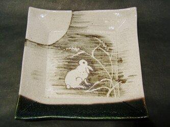 正方形陶板(うさぎ)の画像