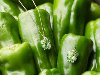 『野菜モチーフのアクセサリー/ピン』 poivre vertの画像