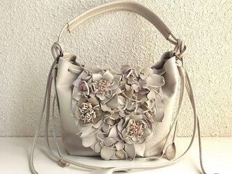 petalsショルダーバッグの画像