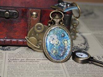 鍵型時計付き・小宇宙の浪漫の画像