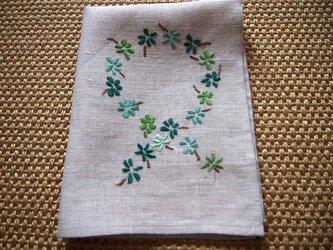 緑色の小花デザイン 刺繍のリネン・クロスの画像