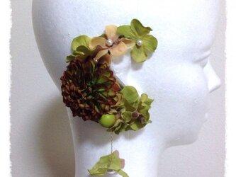 紫陽花とマムのイヤーフックE (グリーン)右耳用の画像