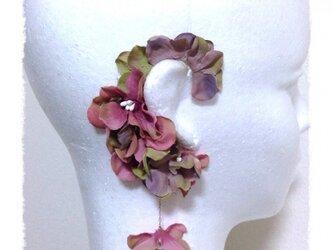 紫陽花のイヤーフックA  (アンティークピンク)右耳用の画像