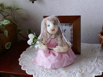 羊毛フェルト お姫様の画像