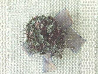 ドットの花束 グリーンブラウン * シルクデシン製 *コサージュの画像