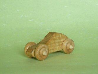 栃のクーペ(木の車)の画像
