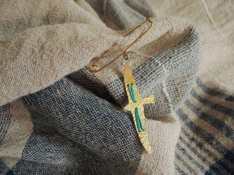 糸と鳥のショールピン(青緑)の画像