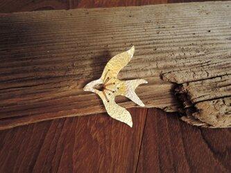 夜鷹の刺繍のブローチ(胡桃色)の画像