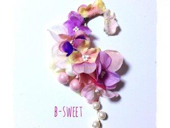 紫陽花のイヤーフック (ピンク系)右耳用の画像