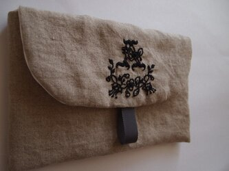 linen pouch - embroideryの画像