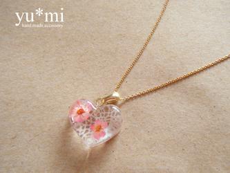 小さなお花*のハートネックレスの画像