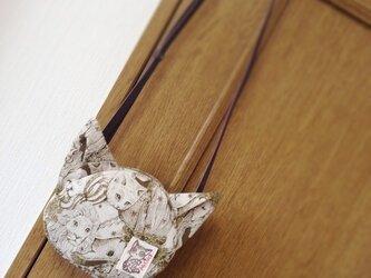まのちゃんポシェット〈ジョリーポム〉の画像