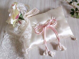 リングピロー51 <ホワイト&ピンク系>の画像