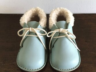 fluffy boots * aquatintの画像