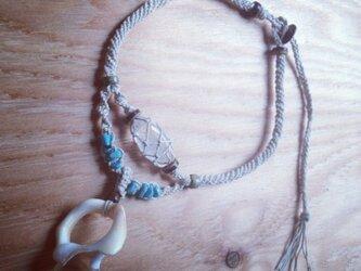 貝と水晶アクセサリー★Wokini★ヘンプの画像