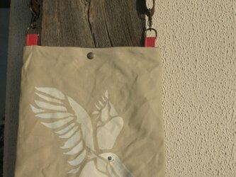 アフタヌーンバッグ ハシビロコウはばたきの画像