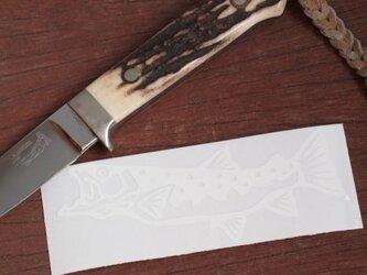 切り絵ステッカー イワナ(白)の画像