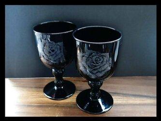 グラス・ペア--薔薇の画像