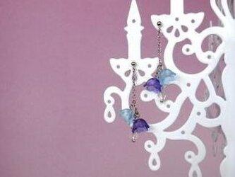 Swing flower earringの画像