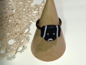 アンティーク風黒い犬のリング(キッズにも♪)の画像