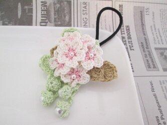 桜ヘアゴム:ピーチピンク×白の画像