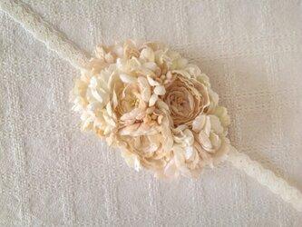 <受注制作>染め花の2wayヘッドドレス(レースリボン付き)の画像