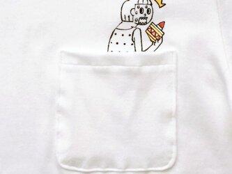隠れショートケーキ ポケット付 Tシャツの画像