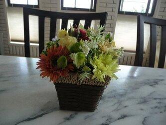 sold バラエティ花かごの画像