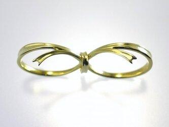 ダブルフィンガー リング『しあわせりぼん』ブラスの画像
