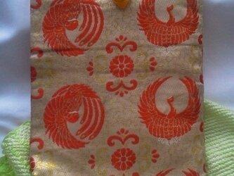 帯地で作った小物袋(つる 芥子)の画像