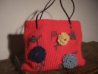 花アップリケのトートバッグの画像