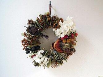 秋を紡ぐリーフリースの画像