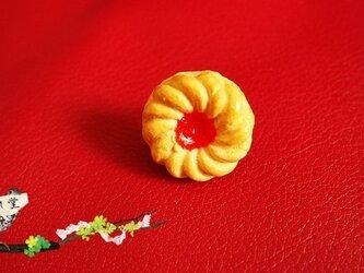ジャム入りクッキーのリングの画像