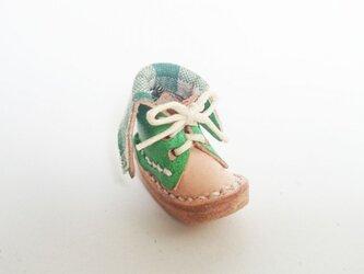 手縫いのミニチュア折り返しブーツ(緑×チェック)の画像