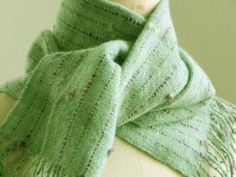 手織り 小花のマフラー   グリーンの画像