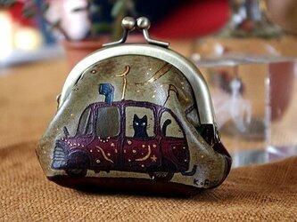 チビ猫ガマグチ「車に乗って」の画像