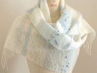 手織り 白地のストール   ブルー#1の画像