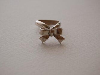 リボンの指輪[SILVER950]の画像