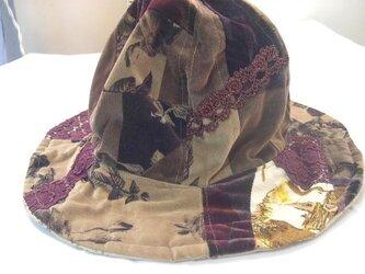 布コラージュリバーシブル帽子の画像