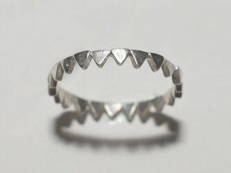 《単品/三角》シルバーの小粒幾何学モチーフリング/再販〈図形・記号・槌目・トライアングル〉銀、Silver925の画像