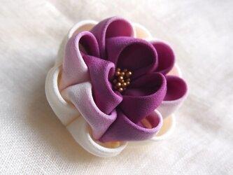つまみ細工☆アンティーク2wayクリップ牡丹☆紫グラデ☆の画像
