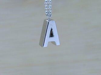 【A】アルファベット文字のペンダント+チェーン付きの画像