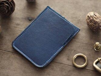 伊勢型紙 藍染め革パスケースの画像