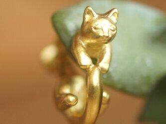 グリとラテュの猫イヤリング ラテュ(マットゴールド) 片耳の画像