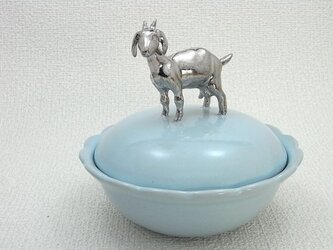 Silver Goat Lidded Bowl-Aの画像