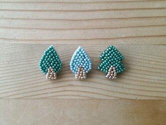 森の木々 ブローチの画像
